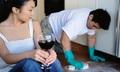 Đàn ông giúp vợ nấu cơm, quét nhà mới là trụ cột gia đình