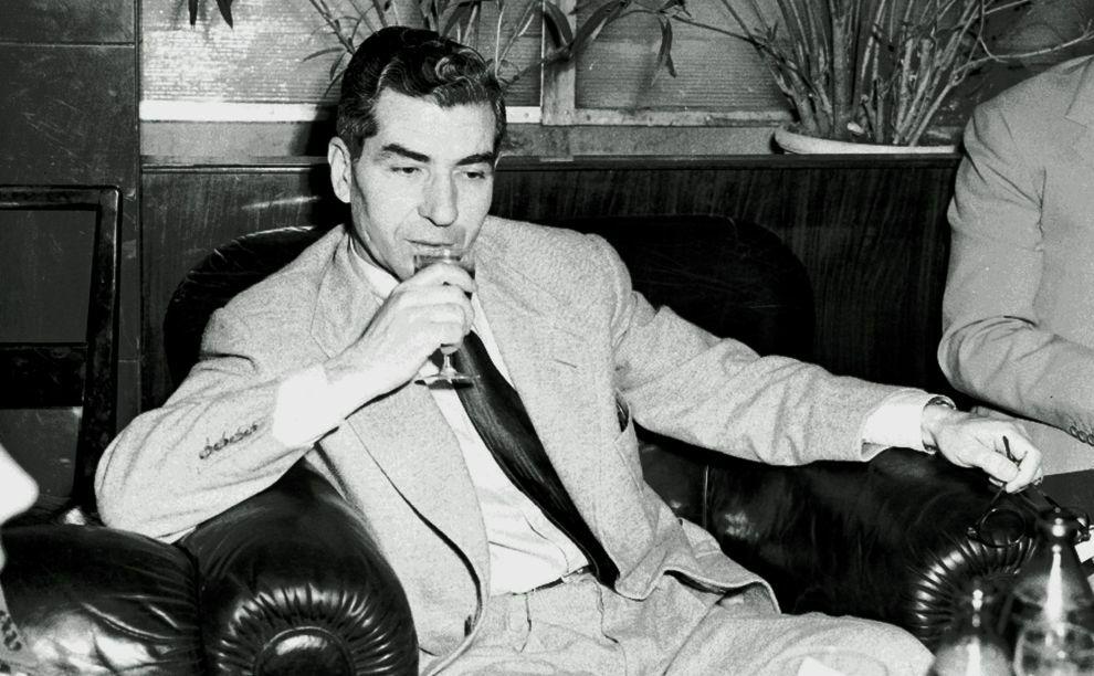 Lucky Luciano trong những năm đi đày tại Italy. Ảnh: Public Domain.