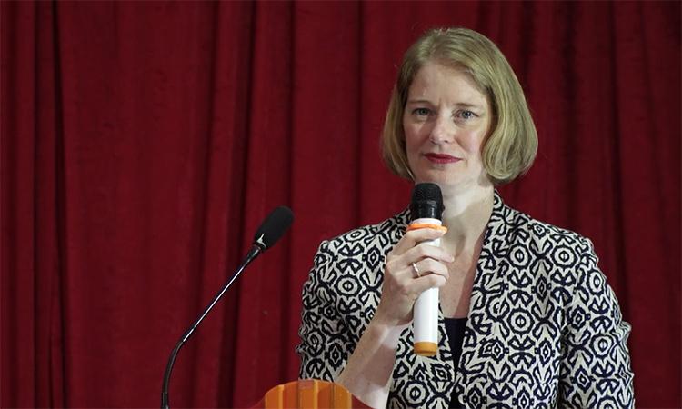 Đại sứ New Zealand Wendy Matthews phát biểu trong lễ khai trương siêu thị 0 đồng ở khu công nghiệp Thăng Long, Hà Nội, ngày 20/6. Ảnh: ĐSQ New Zealand.