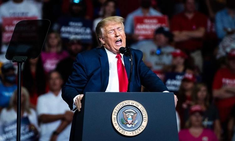 Tổng thống Trump tại buổi vận động tranh cử ở thành phố Tulsa, bang Oklahoma, ngày 20/6. Ảnh: Washington Post.