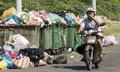 Người Việt không phân loại rác thải nên chỉ xử lý chôn lấp