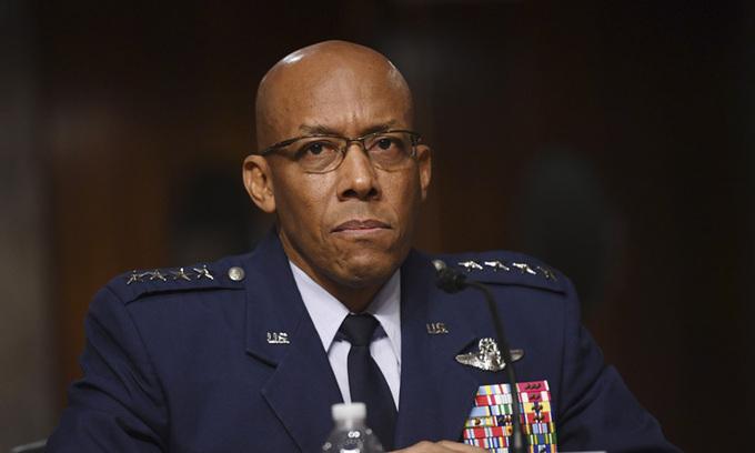 Tướng Brown,Tư lệnh Lực lượng Không quân Thái Bình Dương, Mỹ. Ảnh: AFP.