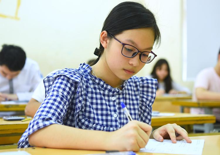 Thí sinh Hà Nội thi vào lớp 10 năm 2019. Ảnh: Giang Huy