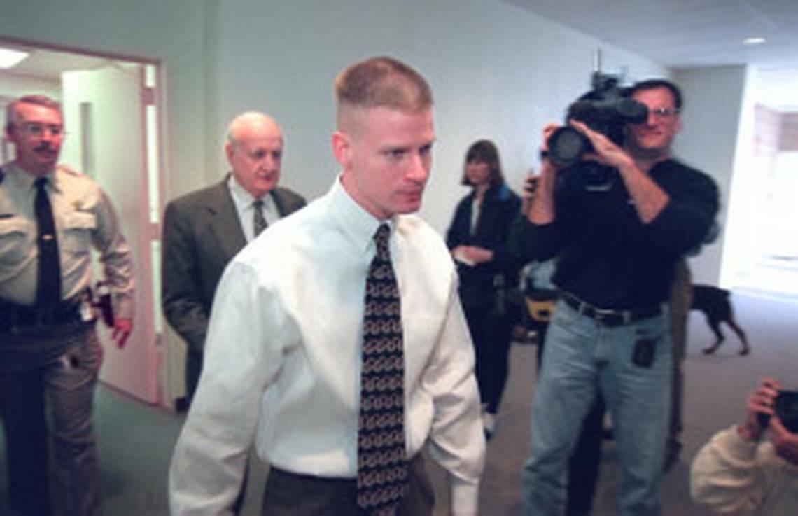 Josh Griffin khi ra tòa xét xử. Ảnh: Charlotte Observer.