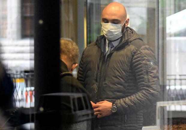 Cựu cảnh sát J. Alexander Kueng đến tòa án Minneapolis dự phiên điều trần hôm 29/6. Ảnh: Reuters