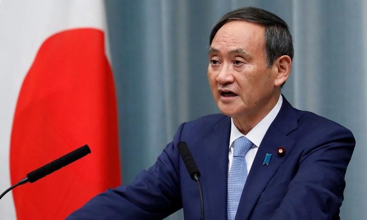 Chánh văn phòng Nội các Nhật Yoshihide Suga phát biểu tại Tokyo hồi tháng 9/2019. Ảnh: Reuters.