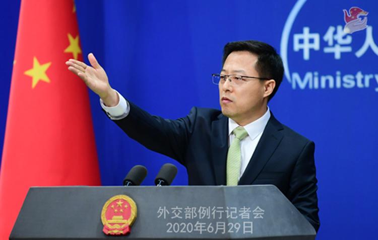 Phát ngôn viên Bộ Ngoại giao Trung Quốc Triệu Lập Kiên tại buổi họp báo ở Bắc Kinh hôm 29/6. Ảnh: Bộ Ngoại giao Trung Quốc.