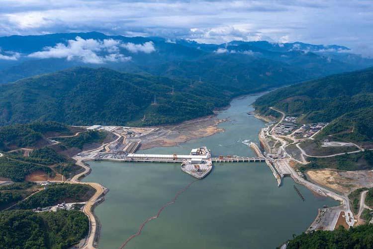 Dự án thủy điện Xayaburi của Lào trên dòng sông Mekong. Ảnh: AFP.