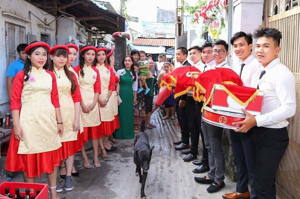 Những khoảnh khắc phá đám ảnh cưới của chó cưng