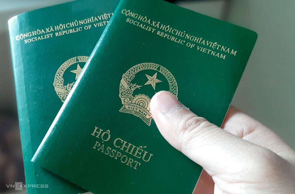Loại hộ chiếu phổ thông công dân đang sử dụng. Ảnh: Bá Đô