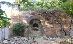 Hai cổng thành cố đô Huế là nơi đặt đại pháo