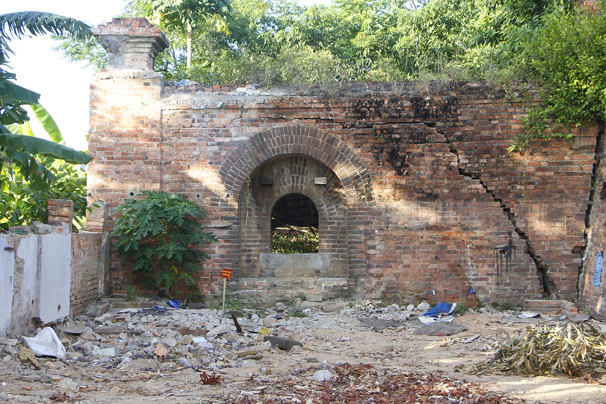 Cổng thành ở hai bên Ddông thành Thủy Quan được cho là điểm đặt đại pháo. Ảnh: Võ Thạnh
