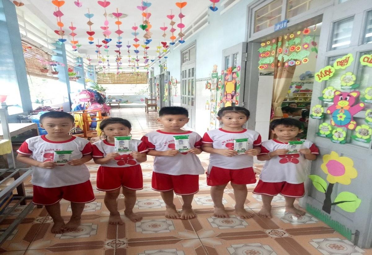 Sữa học đường năng lượng của trẻ thơ - 4