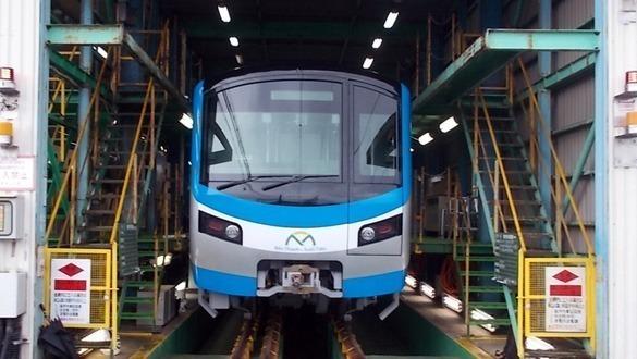 Do chuyên gia chưa thể nhập cảnh nên hiện đầu tàu Metro Số 1 vẫn nằm tại nhà máy ở Nhật Bản. Ảnh:MAUR.