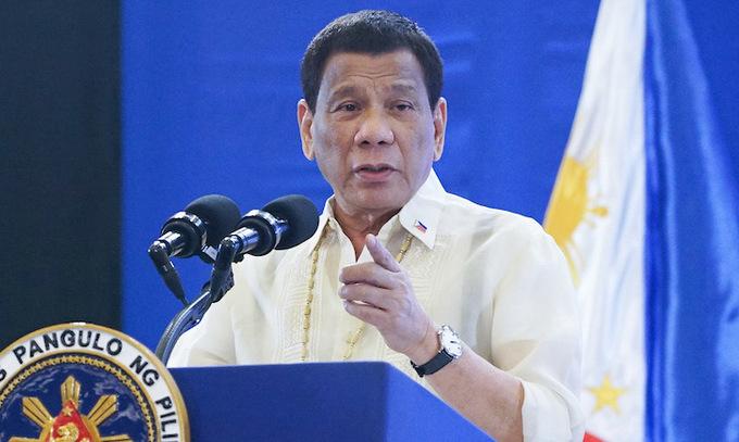 Duterte trước khi trở về thành phố Davao hồi đầu tháng 12/2019. Ảnh:ABS-CBN.