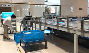 Đội quân robot phân loại 1.500 cuốn sách mỗi giờ