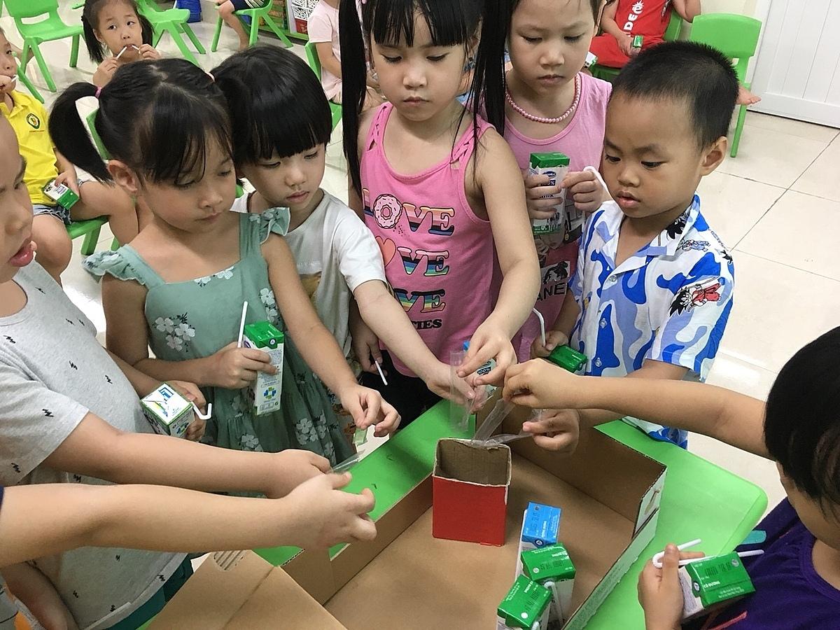 Sữa học đường tiếp sức giấc mơ cho trẻ - 10