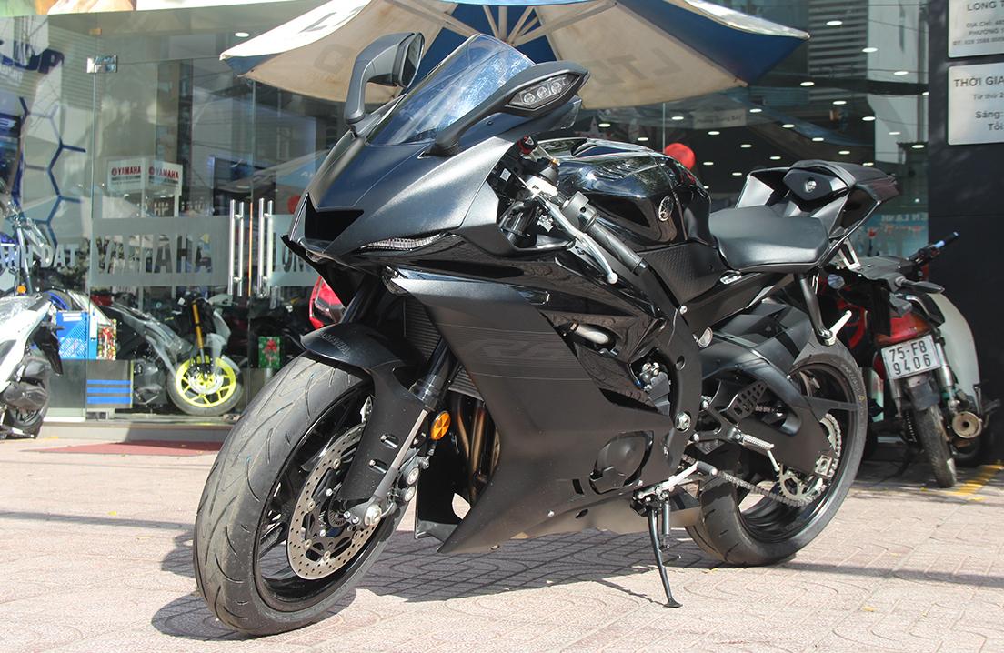 Yamaha R6 tại một cửa hàng ở TP HCM. Ảnh: Phạm Trung