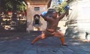 Khổ luyện với Thiếu Lâm song chuỳ