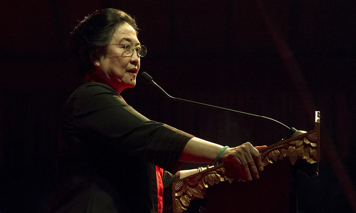Megawati Sukarnoputri, lãnh đạo đảng PDIP phát biểu tại Bali, Indonesia, hồi tháng 4/2015. Ảnh: Reuters.
