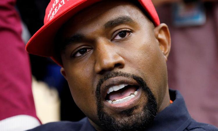 Rapper Kanye West trong cuộc gặp với Tổng thống Mỹ Donald Trump tại Nhà Trắng tháng 10/2018. Ảnh: Reuters.
