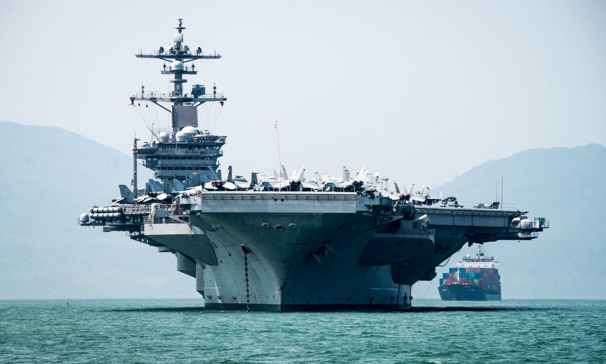 USS Carl Vinson thăm Việt Nam tháng 3/2018. Ảnh: US Navy.