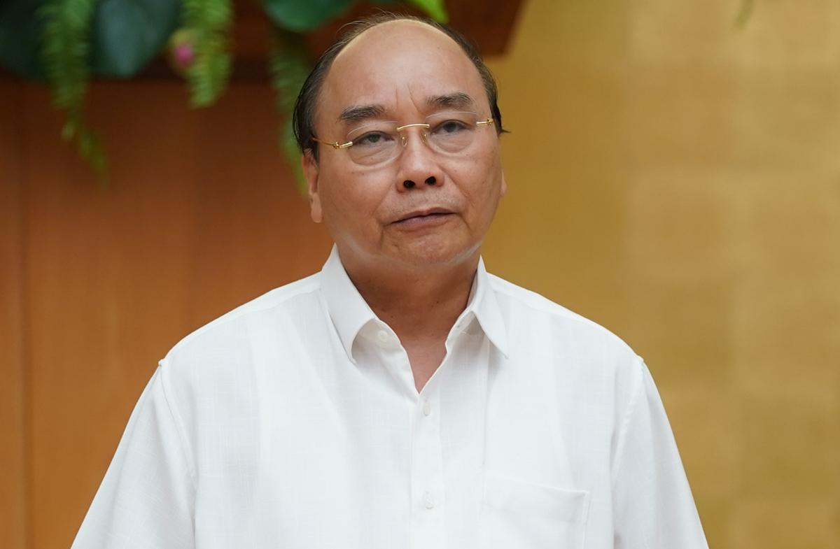 Thủ tướng Nguyễn Xuân Phúc chủ trì họp Thường trực Chính phủ về phòng chống Covid-19, chiều 10/7. Ảnh: VGP