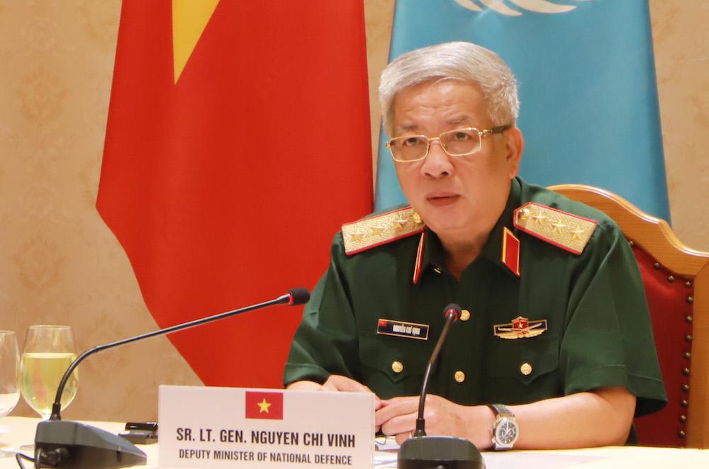 Thượng tướng Nguyễn Chí Vịnh tại cuộc hội đàm sáng 10/7. Ảnh: HT