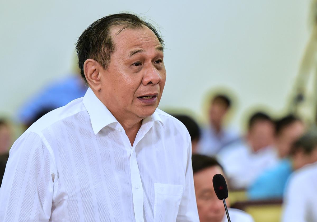 Đại biểu Trần Quang Thắng phát biểu tại họp HĐND TP HCM sáng 10/7. Ảnh: Quỳnh Trần.