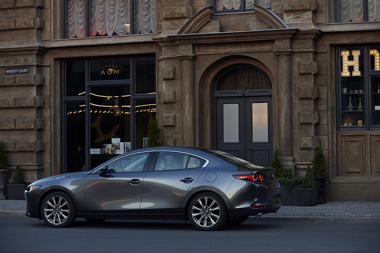 Mẫu xem All-New Mazda3.