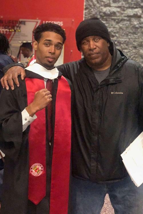 Rehan Staton (trái) tốt nghiệp Đại học Maryland. Ảnh: Rehan
