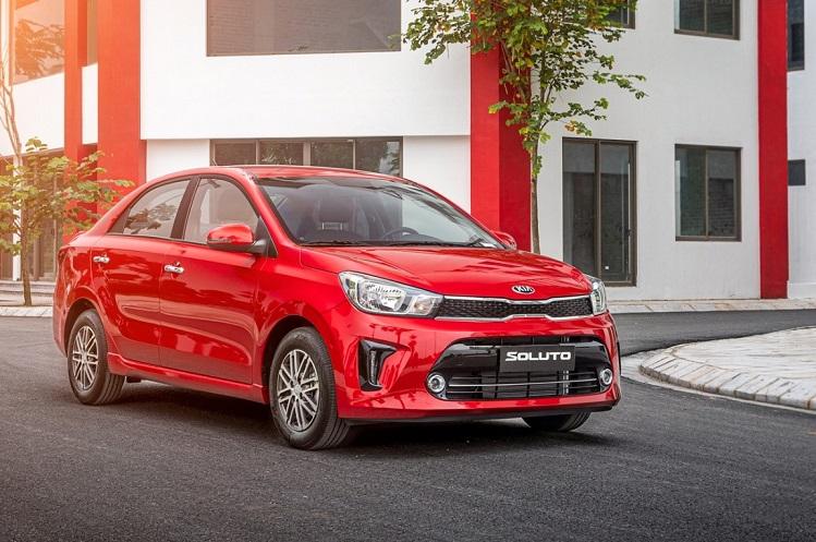 Mẫu xe Kia Soluto đang ở mức giá mới từ 369 triệu đồng.