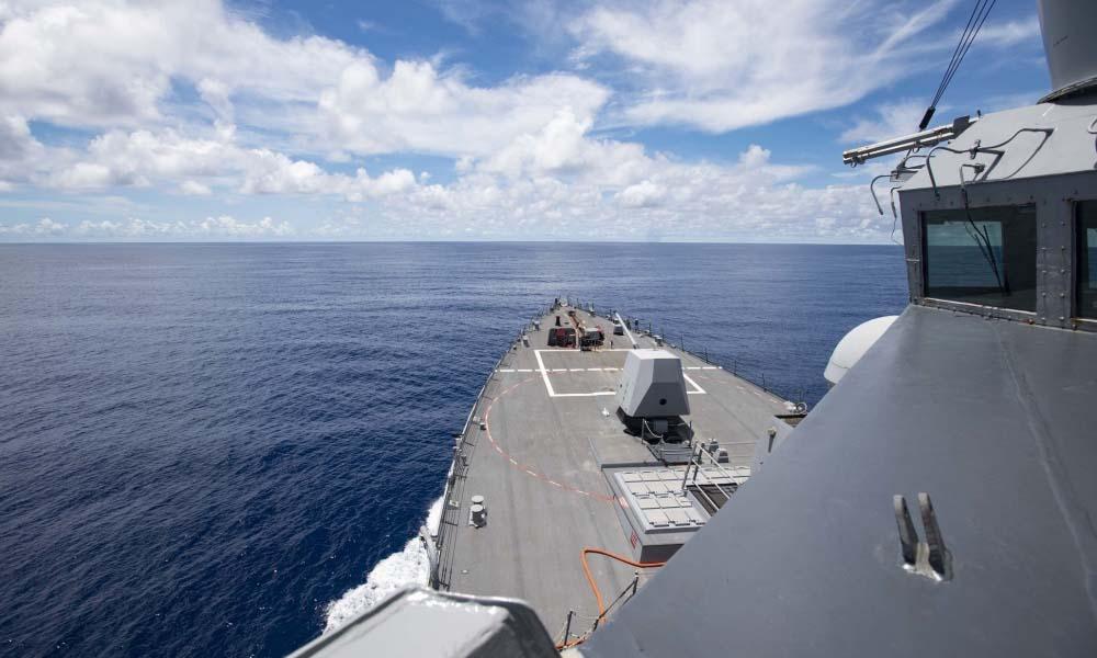 Tàu USS Ralph Johnson hoạt động gần quần đảo Trường Sa của Việt Nam trên Biển Đông hôm nay. Ảnh: DVIDS.