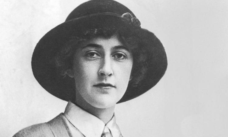 Agatha Christie và o những năm 1920. Ảnh: Hulton Archive.