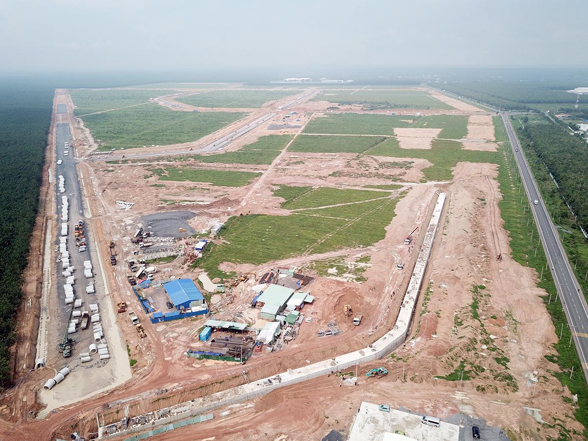Khu tái định cư Lộc An - Bình Sơn đang được gấp rút hoàn thành. Ảnh: Phước Tuấn