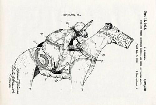 Bộ yên cương đặc biệt cho phép khỉ cưỡi trên lưng một con chó săn (greyhound). Đua khỉ từng phổ biến trong một thời gian ngắn ở Mỹ và Australia vào những năm 1930.