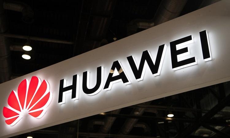 Logo Huawei tại một triển lãm điện tử ở Bắc Kinh, Trung Quốc tháng 8/2019. Ảnh: AFP.