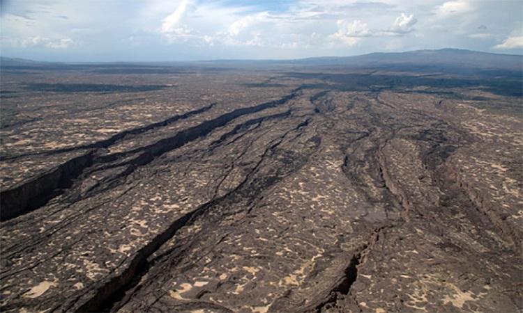 Vết nứt dài 56 km ở Ethiopia. Ảnh: Đại học Rochester.