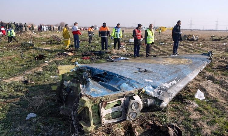 Hiện trường máy bay chở khách Ukraine bị Vệ binh Cách mạng Iran bắn nhầm hồi tháng 1. Ảnh: Reuters.