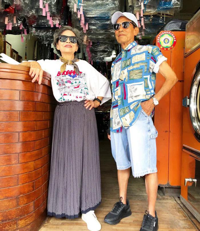 Ông bà chủ tiệm giặt ủi trở thành biểu tượng thời trang - 4