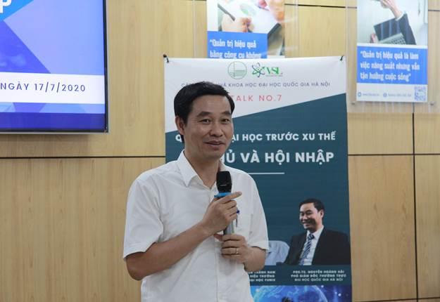 Phó giáo sư, Tiến sĩ Nguyễn Hoàng Hải - Phó Giám đốc thường trực ĐH Quốc gia Hà Nội tại chương trình tọa đàm Quản trị đại học trước xu thế tự chủ và hội nhập.