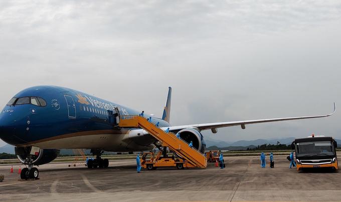 Chuyến bay VN311 từ Nhật Bản đến Việt Nam ngày 25/6. Ảnh: Sân bay Vân Đồn