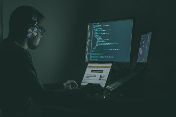 Trong đại dịch, thách thức lớn nhất các công ty fintech phải đối mặt là nạn xâm nhập của tin tặc.
