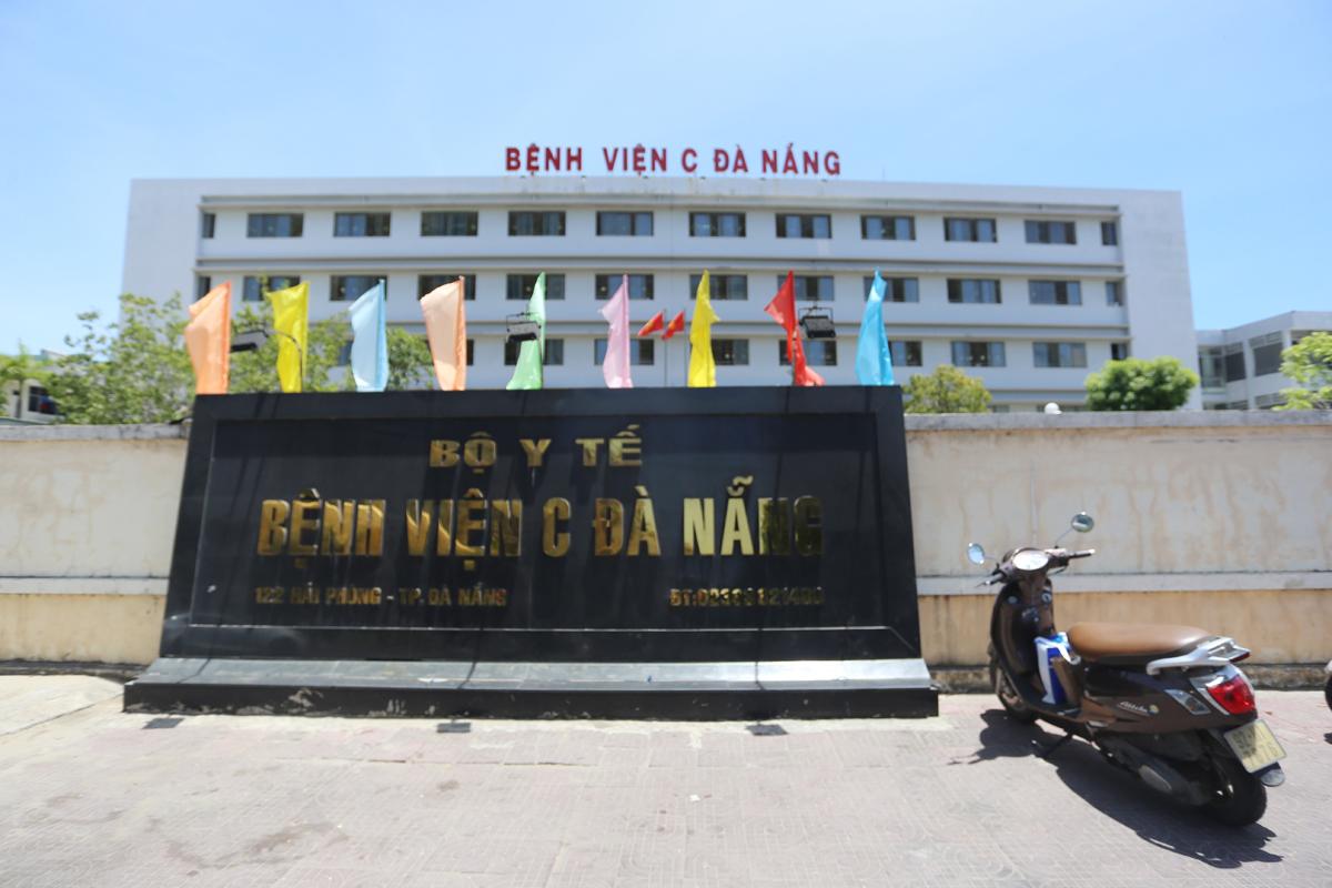 Bệnh viện C Đà Nẵng, nơi bệnh nhân 416 đến khám, đã được phong toả. Ảnh: Đắc Thành