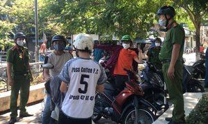 Công an nhắc người dân Đà Nẵng tuân thủ giãn cách