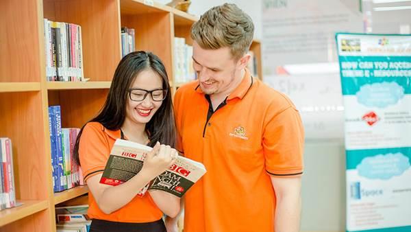 Sinh viên Đại học FPT được học tập bằng giáo trình nhập khẩu từ nước ngoài, tham khảo của các trường uy tín, hàng đầu trên thế giới