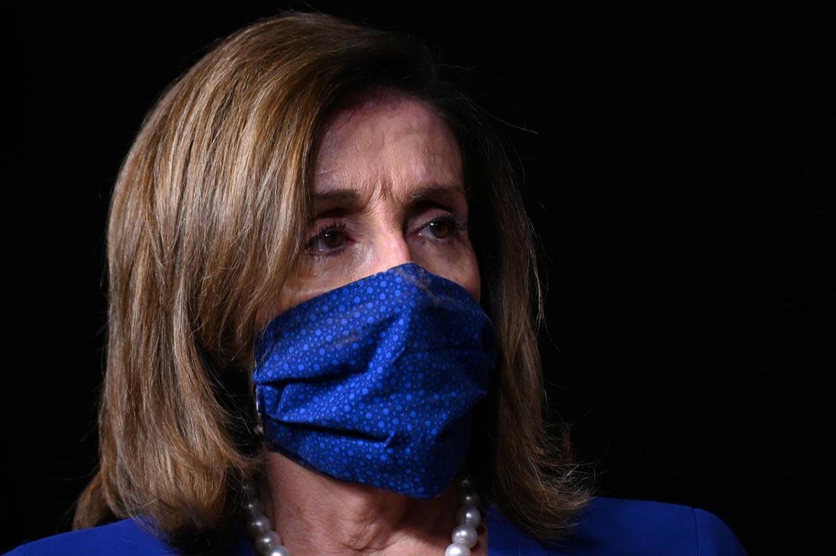 Chủ tịch Hạ viện Nancy Pelosi tại quốc hội Mỹ, thủ đô Washington, ngày 29/7. Ảnh: Reuters.