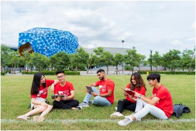Chương trình Du học không gián đoạn được triển khai bởi BUV để hỗ trợ các du học sinh muốn chuyển tiếp về Việt Nam và tiếp tục học đại học tại BUV.