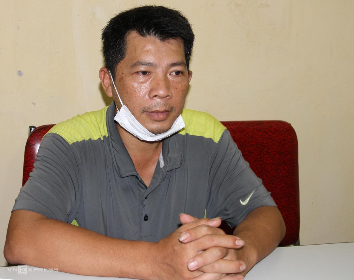 Nguyễn Trinh Văn Hưng tại cơ quan điều tra. Ảnh: Thanh Tuấn