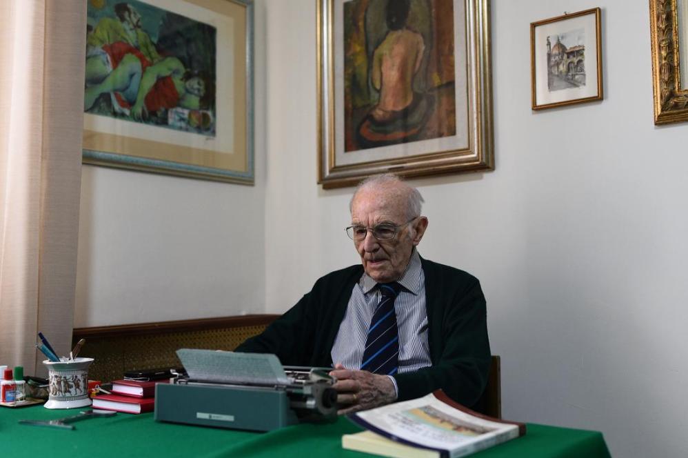Ông Guiseppe Paterno. Ảnh: Guglielmo Mangiapane/ Reuters